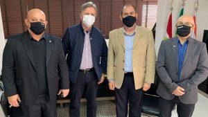 Lideranças da Administração participam de reunião com senador Dário Berger